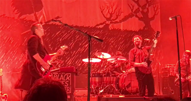 Jason isbell joins drive by truckers onstage in nashville for Decoration day jason isbell